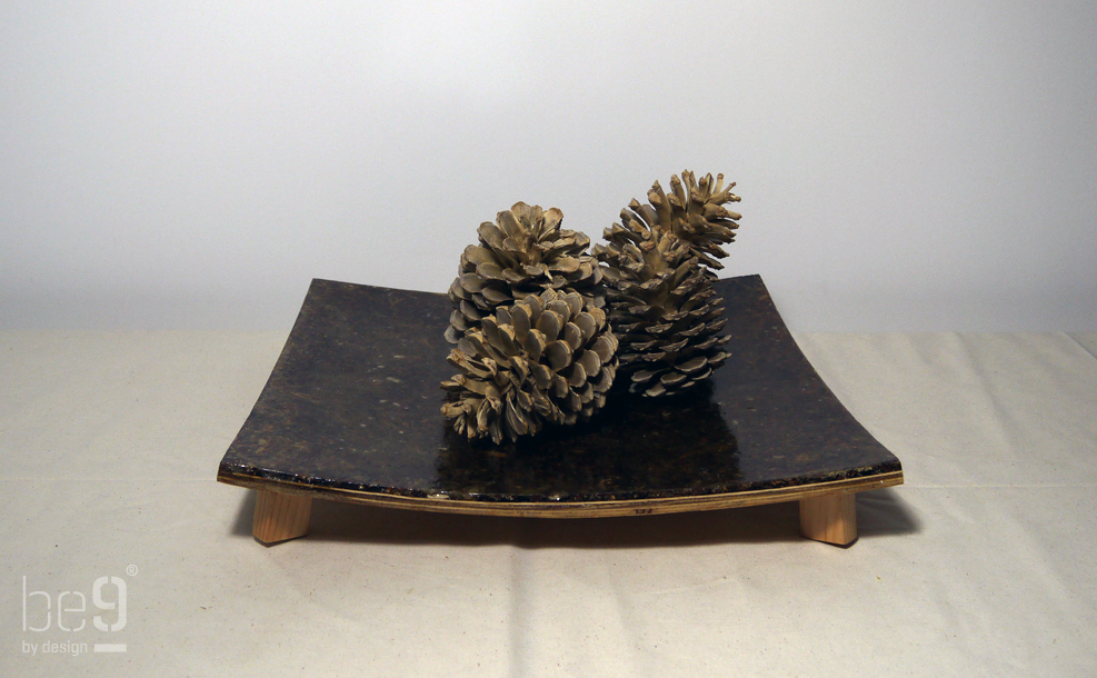 Square plateau with Pinecones on top frontal